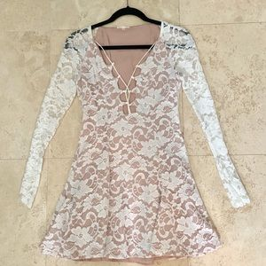 Dresses & Skirts - Pleated Lace Long Sleeve Short Formal Dress